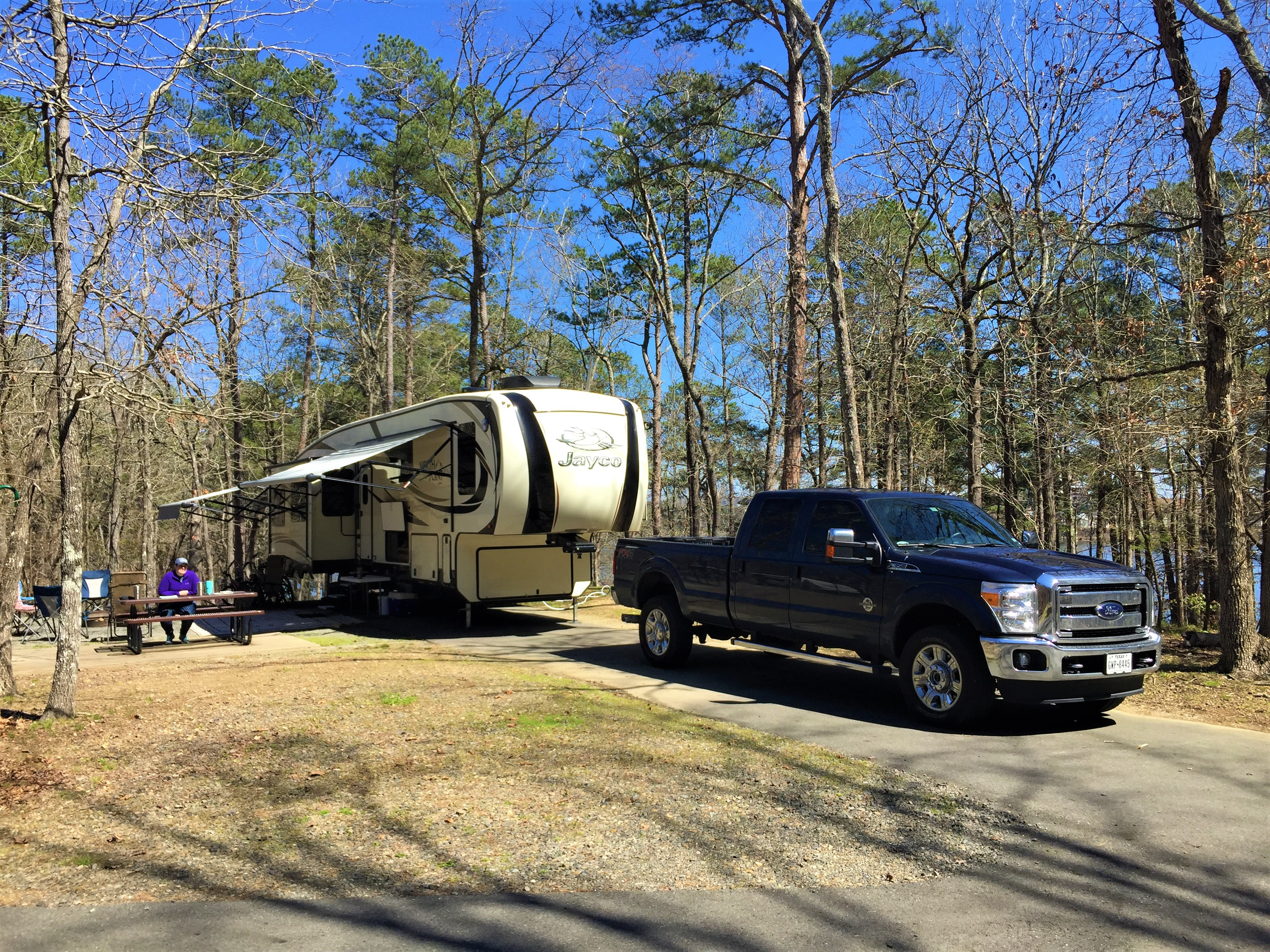 43 foot Fifth Wheel at Lake Catherine State Park